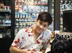 Thai Tea, Varun Dhawan, Dream Guy, Favorite Person, Boyfriend Material, Thailand, Actors, Guys, Wallpaper