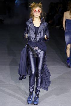 A.F. Vandevorst Fall 2016 Ready-to-Wear Collection Photos - Vogue  #AFVandevorst  #fashion   #Koshchenets