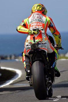 Valentino Rossi racing for Ducati Grand Prix, Course Moto, Gp Moto, Honda, Ducati Motorcycles, Ducati Motogp, Custom Motorcycles, Yamaha, Valentino Rossi 46