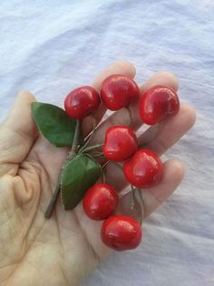 Vintage 1960s Cherries Millinery Hat Supplies Boutonnière Hair Decoration 2015376 - pinned by pin4etsy.com