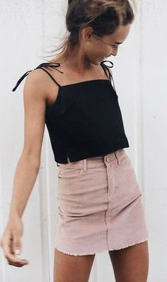 Feb 2020 - 29 Cute Summer Outfits For Women And Teen Girls - The Finest Feed Cute Summer Outfits For Women And Teen Girls Casual Simple Summer Fashion Ideas. Clothes for summer. Summer Styles ideas Trending in Cute Summer Outfits, Spring Outfits, Outfit Summer, Summer Dresses, Simple Outfits, Summer Skirts, Tumblr Summer Outfits, Stylish Outfits, Winter Outfits