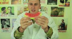 Bom Resumo: Você sempre comeu melancia de forma errada, veja o motivo