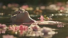 Dakota Johnson Hari Nef and Petra Collins for Gucci Bloom - Gucci Bloom - Ideas of Gucci Bloom - Dakota Johnson Hari Nef and Petra Collins for Gucci Bloom Story Inspiration, Writing Inspiration, Character Inspiration, Arte 8 Bits, Hari Nef, Foto Gif, Petra Collins, Princess Aesthetic, Aesthetic Gif