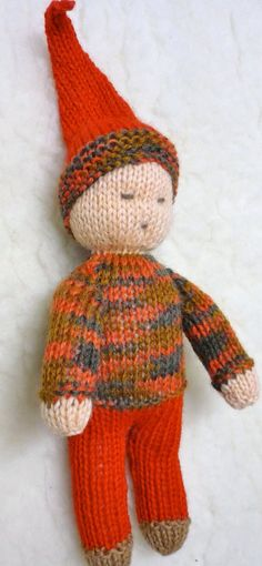 Knit Waldorf Doll- someone to love Arm Knitting, Knitting Patterns, Waldorf Crafts, Waldorf Toys, Knitted Dolls, Crochet Toys, Yarn Crafts For Kids, Knitted Animals, Baby Outfits