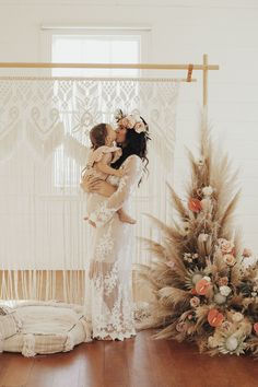 Wedding photography, please read the romantic pin example reference 8851076814 right now. Boho Backdrop, Wedding Backdrop Design, Photography Set Up, Bohemian Photography, Wedding Photography, Bohemian Studio, Mommy And Me Photo Shoot, Christmas Mini Sessions, Deco Boheme