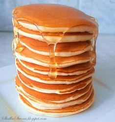 Oryginalne Amerykańskie Pancakes'y - Przepis - Słodka Strona Cake Recipes, Snack Recipes, Cooking Recipes, Polish Recipes, Pumpkin Spice Cupcakes, Nigella, Fall Desserts, Ice Cream Recipes, Eat Cake