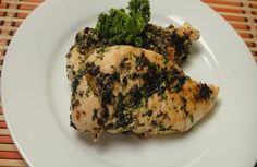 Chargrilled Chicken with Thyme: Chicken pieces marinated in olive oil and chopped fresh thyme and cooked in hot grill pan. Chargrilled Chicken, Food For Pregnant Women, Vegetarian Recipes, Healthy Recipes, Tasty, Yummy Food, Asian Recipes, Food Videos, Grilling