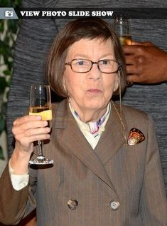 And why Linda Hunt net worth is so massive? Linda Hunt net worth is definitely at the very top level among other celebrities, yet why? Ncis Los Angeles, She Movie, Movie Tv, Murder Mysteries, Show Photos, Net Worth, Movies And Tv Shows, Actresses, Actors
