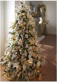 Ten Links to Luxury – Christmas Tree Designs | RobinBondInteriors.com
