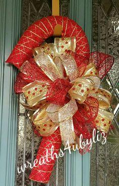 Dollar Tree Christmas, Christmas Mesh Wreaths, Christmas Door Decorations, Beaded Christmas Ornaments, Burlap Christmas, Christmas Centerpieces, Deco Mesh Wreaths, Door Wreaths, Silver Christmas