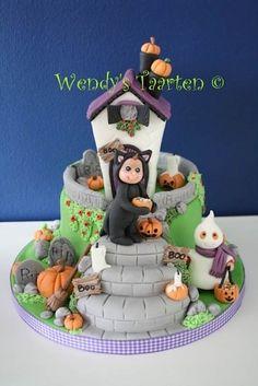 HalloweenTreats by Wendy's taarten (www.4theloveofcake.nl)