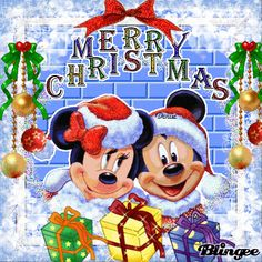 mickey and minnie mouse are enjoying the christmas Mickey Minnie Mouse, Mickey Mouse Quotes, Minnie Mouse Christmas, Mickey Mouse And Friends, Disney Merry Christmas, Merry Christmas Quotes, Christmas Fun, Image Halloween, Mickey Mouse Wallpaper