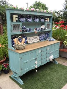 Cradle Base Kitchen Dresser : Provence is a beautful Annie Sloan colour as used on this dresser with Old White underneath