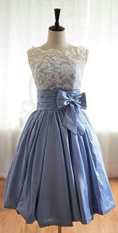 Prom dress....or just a sweet, pretty party dress! I need this
