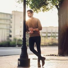 Photography Poses For Boys Male Models Posts Ideas Model Poses Photography, Male Fashion Photography, Photography Composition, Photography Books, Lifestyle Photography, Photography Ideas, Burns Photography, Senior Boy Photography, Photography Studios