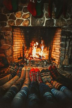 Neuen Keep your toes toasty throughout the cold seasons. Canoeing and hiking until it ., Keep your toes toasty throughout the cold seasons. Canoeing and hiking until it . Autumn Aesthetic, Christmas Aesthetic, Cozy Aesthetic, Couple Aesthetic, Couple Wallpaper Relationships, Cozy Fireplace, Christmas Mood, Xmas, Christmas Couple