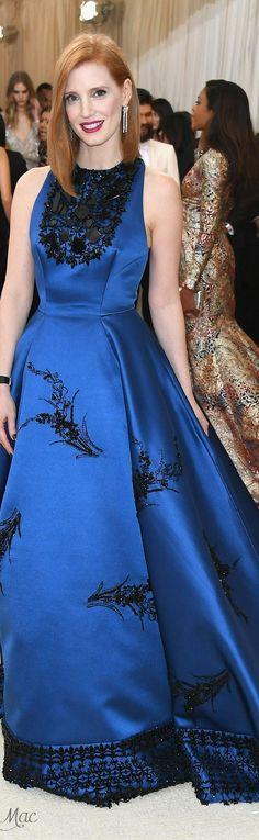 Met Gala 2016: Jessica Chastain in Prada