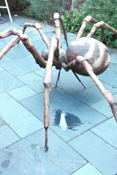 Bespoke Giant Spider Prop we created for a Halloween prop at our clients Halloween House Dressing. Halloween Season, Halloween House, Holidays Halloween, Halloween Crafts, Halloween Witches, Happy Halloween, Halloween Spider Decorations, Halloween Entertaining, Giant Spider