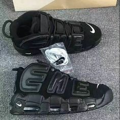 Nike air suptempo, contact me in direct for any info, contattemi pure in direct per ogni info. #offwhite #style #yeezyboost350 #kanyewest #palaceskateboards #supreme #bape #nmdr1 #swag #dope #hypebeast #sneakers #quality #streetwear