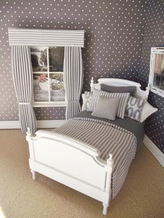 Handmade 12th scale dolls house single bedding set in modern grey stripes 8 pieces