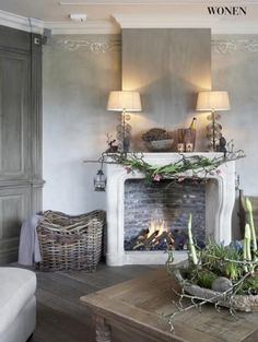 a charming and rustic room and fireplace Home Interior, Interior Decorating, Interior Design, Room Inspiration, Interior Inspiration, Deco Addict, Living Spaces, Living Room, Home And Deco
