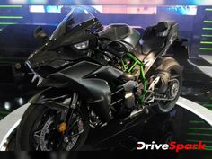 2016 Intermot Motorcycle Show: Kawasaki Ninja H2 Carbon, 2017 H2 & H2R Revealed - DriveSpark