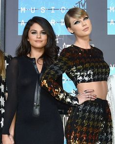 Selena Gomez and Taylor Swift at the 2015 VMAs.