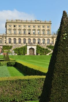 Cliveden House was built more than 300 years ago by the Duke of Buckinghamshire. English Manor Houses, English Castles, English House, English Estates, Pictures Of England, Chateau Hotel, Leeds, Villa, Le Palais