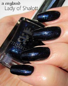 14,80€. a-england- Gothic Beauties: LADY OF SHALOTT - CesarsShop / Kynsilakkataivas