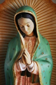 December 12 is Dia de la Virgen de Guadalupe.  Viva!