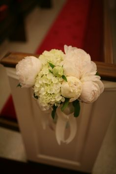peonies and hydrangeas... simple, soft, elegant, and beautiful and lush.