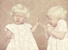 gustavo-lacerda beautiful series of photographs of people with albinism. (This is one of my favorite portrait photos Albino Twins, Beautiful Series, Simply Beautiful, Photographs Of People, Tumblr, Foto Art, Twin Girls, Photo Series, Photo Essay
