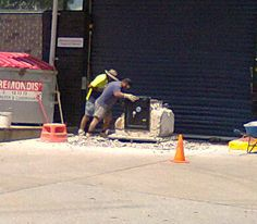 Safe cracking in one of the main streets of Brisbane .. With a jackhammer!