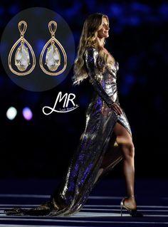 Gisele brilhou e deslumbrou todos na abertura das Olimpíadas. Você pode se inspirar e brilhar como ela, com esses lindos brincos com detalhes de cristais swarovski!  #adoro #adoropresentes #mrlodi #lojavirtual #lojaoline #giselebundchen #olimpiadas #rio2016 #acessorios 3joias #brincos #brilho #moda #modafeminina