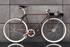 wooden bike. Yes, I know, it's not really wood - it is oxidized steel. The color and look of this frame is amazing.