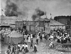 Crowds exit from a fire in a circus tent at the Barnum & Bailey Circus in Schenectady on May Image from Grems-Doolittle Librar. Old Circus, Circus Train, Dark Circus, Night Circus, Vintage Circus, Barnum Circus, Barnum Bailey Circus, Old Pictures, Old Photos