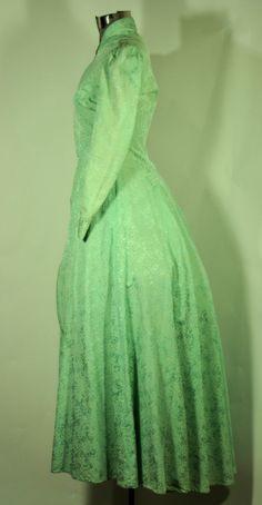 Green Jacket Antiques SRJPOw