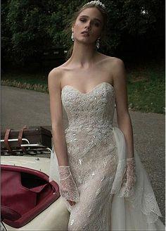 Romantic Lace Sweetheart Neckline Sheath Wedding Dresses