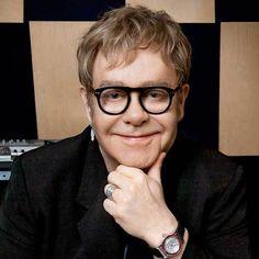 Elton John to Play on Pianos Around the World at Yamaha Event