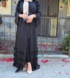 Abaya Fashion, Muslim Fashion, Kimono Fashion, Cute Fashion, Modest Fashion, Retro Fashion, Fashion Dresses, Mode Abaya, Mode Hijab