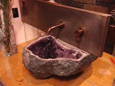 Amethyst Natural Stone Powder Room : Page 03 : Archive : Home & Garden Television