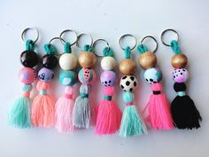 Multi-Color Tassel & Bead Keychain Diy Craft Projects, Diy Crafts For Kids, Arts And Crafts, Diy Keychain, Tassel Keychain, Yarn Crafts, Bead Crafts, Polymer Clay Crafts, Pony Beads