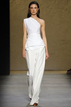 http://www.vogue.com/fashion-shows/spring-2016-ready-to-wear/narciso-rodriguez/slideshow/collection