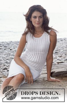 DROPS Sleeveless Top in Safran Free pattern by DROPS Design.