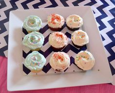 belle maison: Beach Bridal Shower :: Navy & Pink Chic / cupcakes