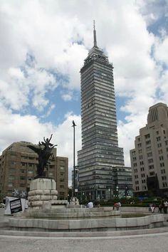 Torre Latinoamericana 42 pisos, 720 escalones y 60 años de vida, icono de nuestra #CDMX.  Shared by Edith Cruz