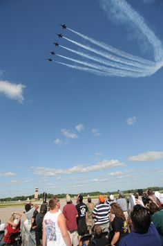 The US Navy Blue Angels Squadron