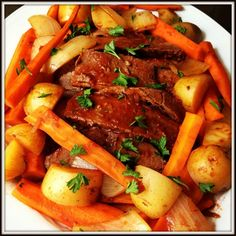 Beef Brisket Recipe – The Lemon Bowl. I'd switch out a few of the ingredients for healthier options, like no beer or that many potatoes but I still e wabt to rey this recipe