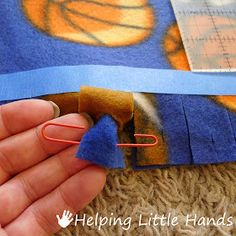 """Pieces by Polly: Double Layered No-Sew """"Braided"""" Fleece Blanket Tutorial - Fabric crafts Braided Fleece Blanket Tutorial, Fleece Blanket Edging, Knot Blanket, Fleece Tie Blankets, No Sew Blankets, Fleece Throw, Fleece Crafts, Fleece Projects, Fabric Crafts"""