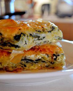 Spanakopita, Baking, Ethnic Recipes, Greek, Food, Bakken, Greek Language, Meals, Backen